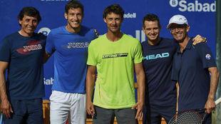 Ferrero, con Carreño, Walter Navarro, César Fábregas y Samuel...