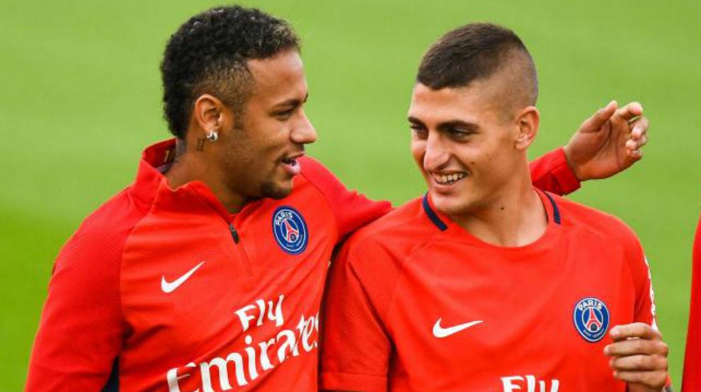 Verratti y Neymar durante un entrenamiento del PSG.
