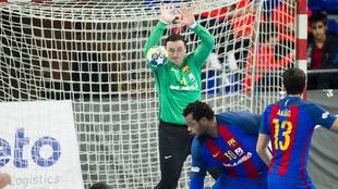 El portero macedonio Ristovski durante un partido del Barcelona