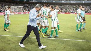 Setién, celebrando un gol