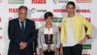 Sonia Bermudz recoge el premio a la Mejor jugadora de la Liga...