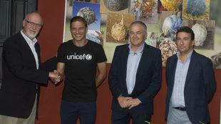 Joaquín, junto al representante de UNICEF, Gordillo y López...