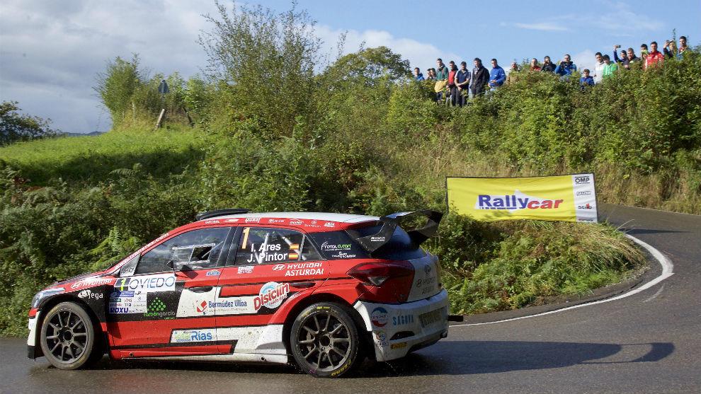 iván Ares, piloto de Rally de Hyundai