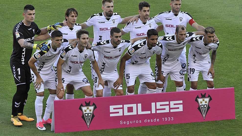 Danny Carvajal, por primera vez en el once titular del Albacete ante...