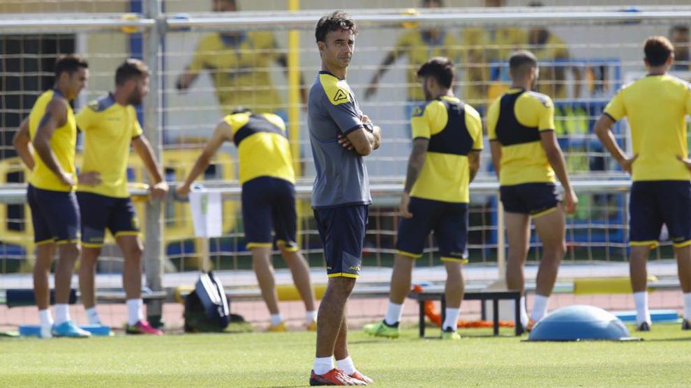 Varios jugadores de Las Palmas durante una sesión de entrenamiento