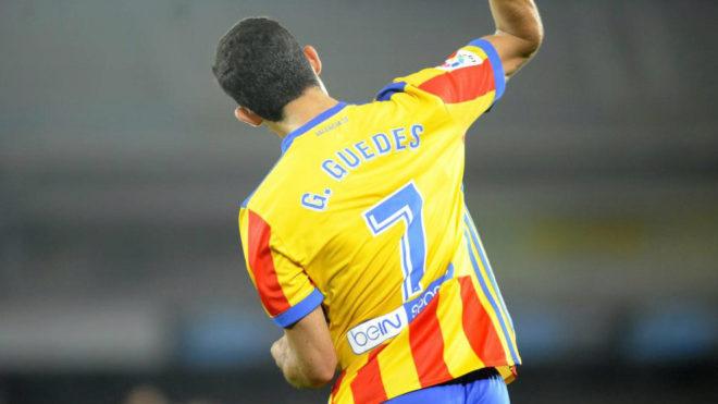 Gonçalo Guedes celebra el gol de la victoria en Anoeta.