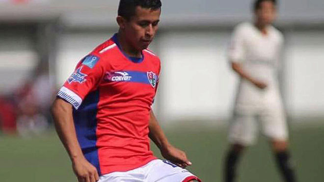 Osama Vinladen Jiménez, jugador internacional sub 15 de Perú.