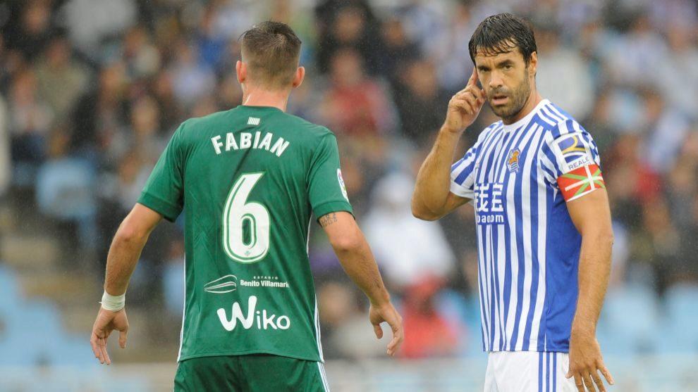 Fabián, con Xabi Prieto