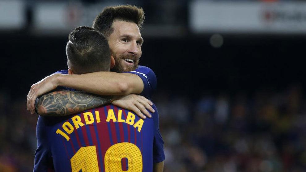Messi y Jordi Alba apuntan a titulares
