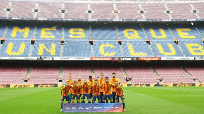 El once del Barça ante Las Palmas, con el Camp Nou vacío al fondo
