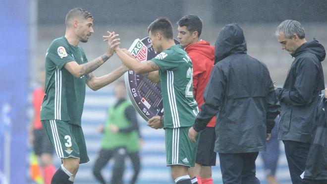 Narváez sustituye a Javi García en Anoeta.
