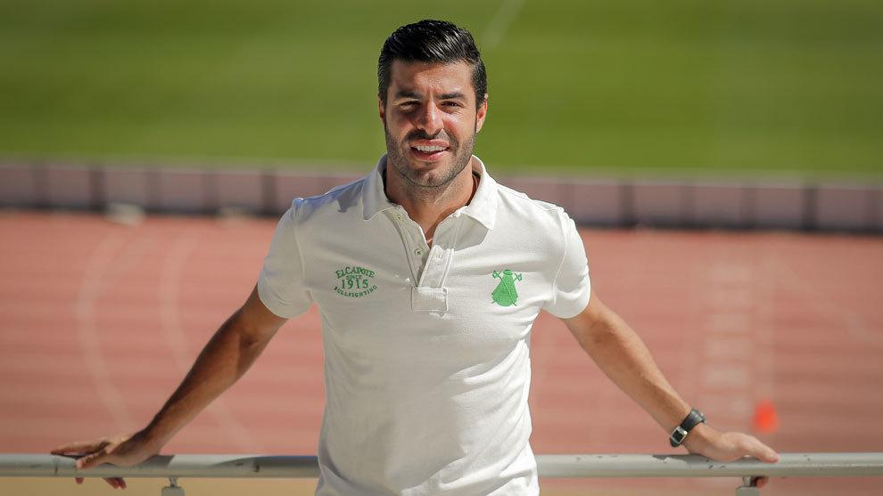 Miguel Torres posa para MARCA