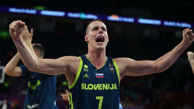Prepelic celebra el pase a la Final del Eurobasket