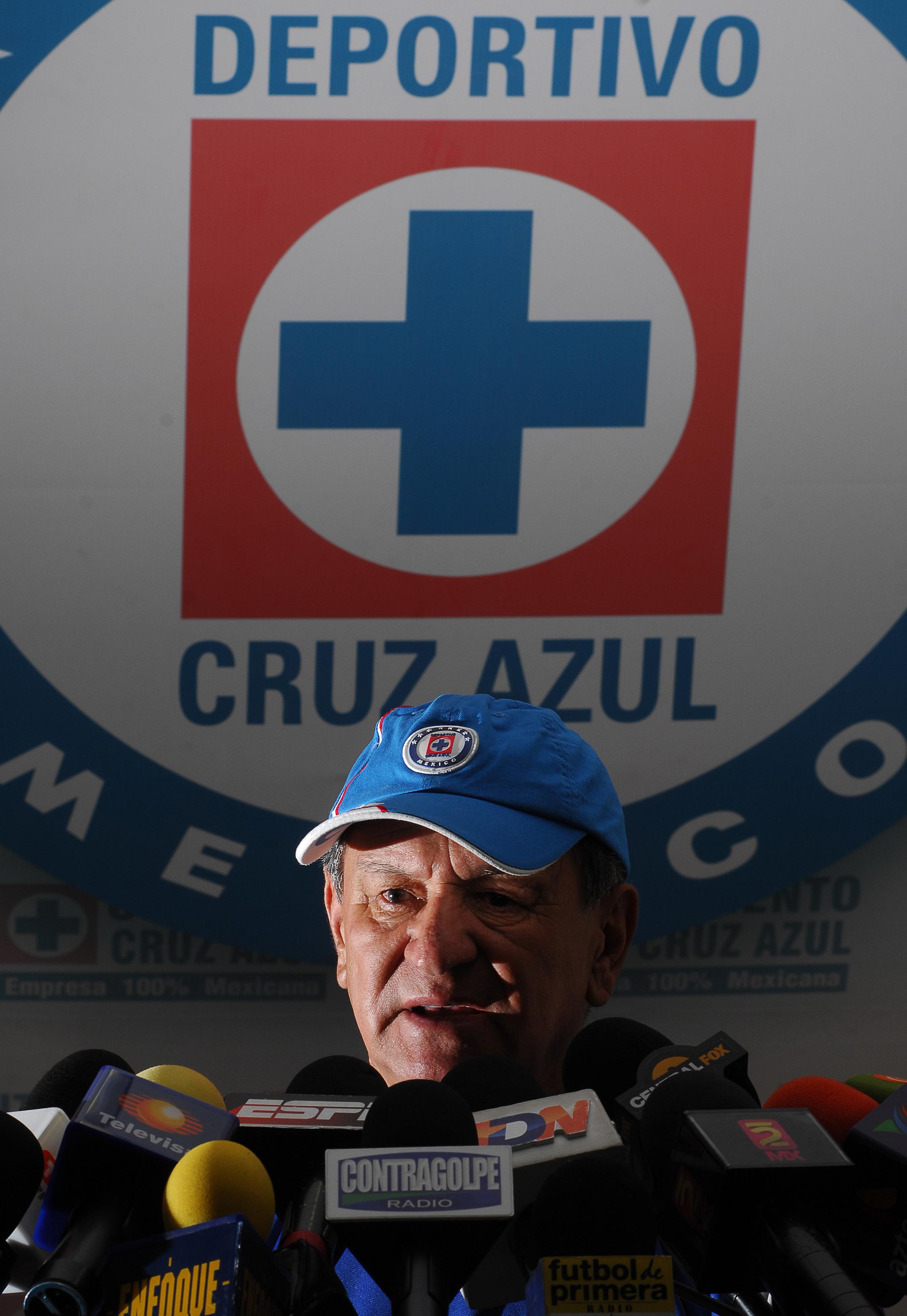 Enrique Meza, en una de sus etapas en Cruz Azul.