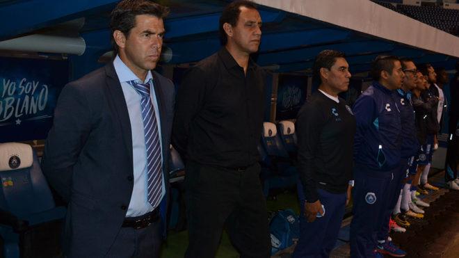 Rafael García en su último partido al frente del Puebla.