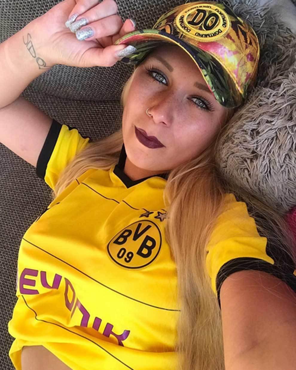 Bundesliga: Lena nitro, reputada actriz de cine para