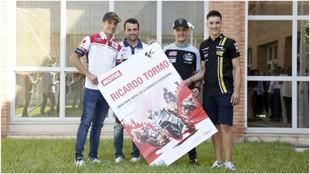 Jorge Navarro, H�ctor Barber�, Ar�n Canet e Iker Lecuona posan con...