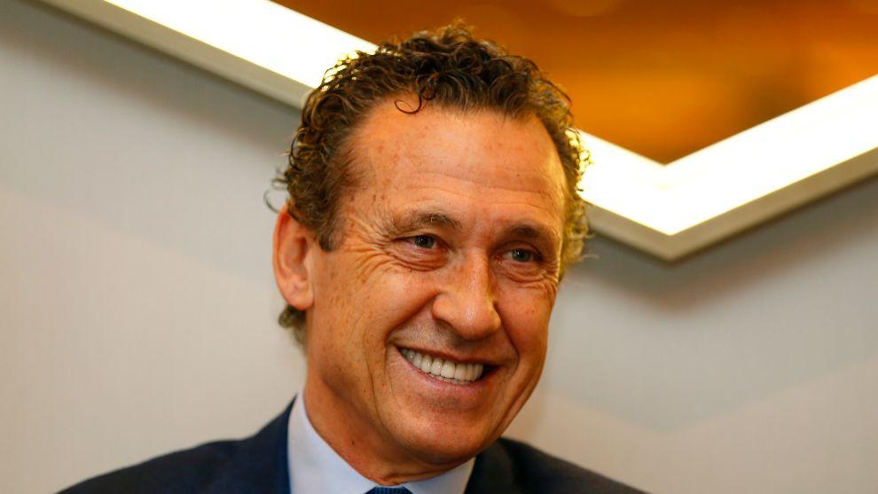 Jorge Valdano se muestra favorable a la presencia de Piqué en la...