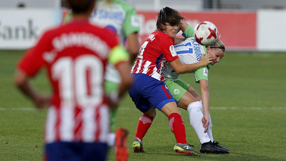 Lance del partido entre Atlético de Madrid y Wolfsburgo.