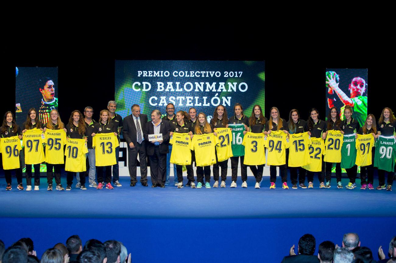 La Femenina de Waterpolo también recibió uno de los premios...