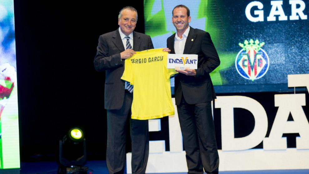 El golfista de Borriol, Sergio García, recibió el Trofeo Endavant al...
