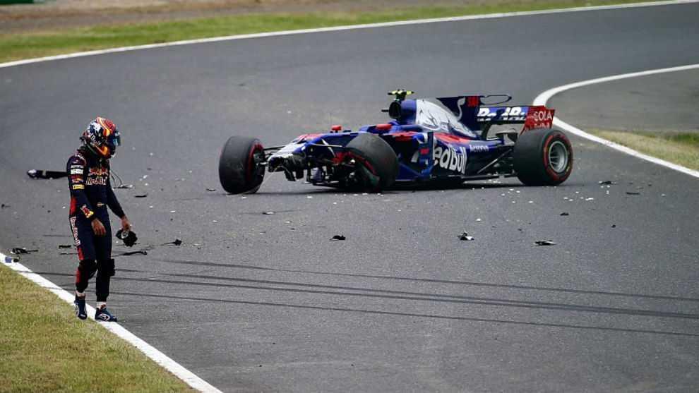 Carlos Sainz, tras sufrir el accidente en los libres 1 de Japón