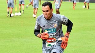 Keylor Navas se ejercita con la selección de Costa Rica
