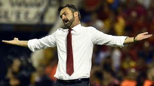 Panucci, durante el partido ante <España.