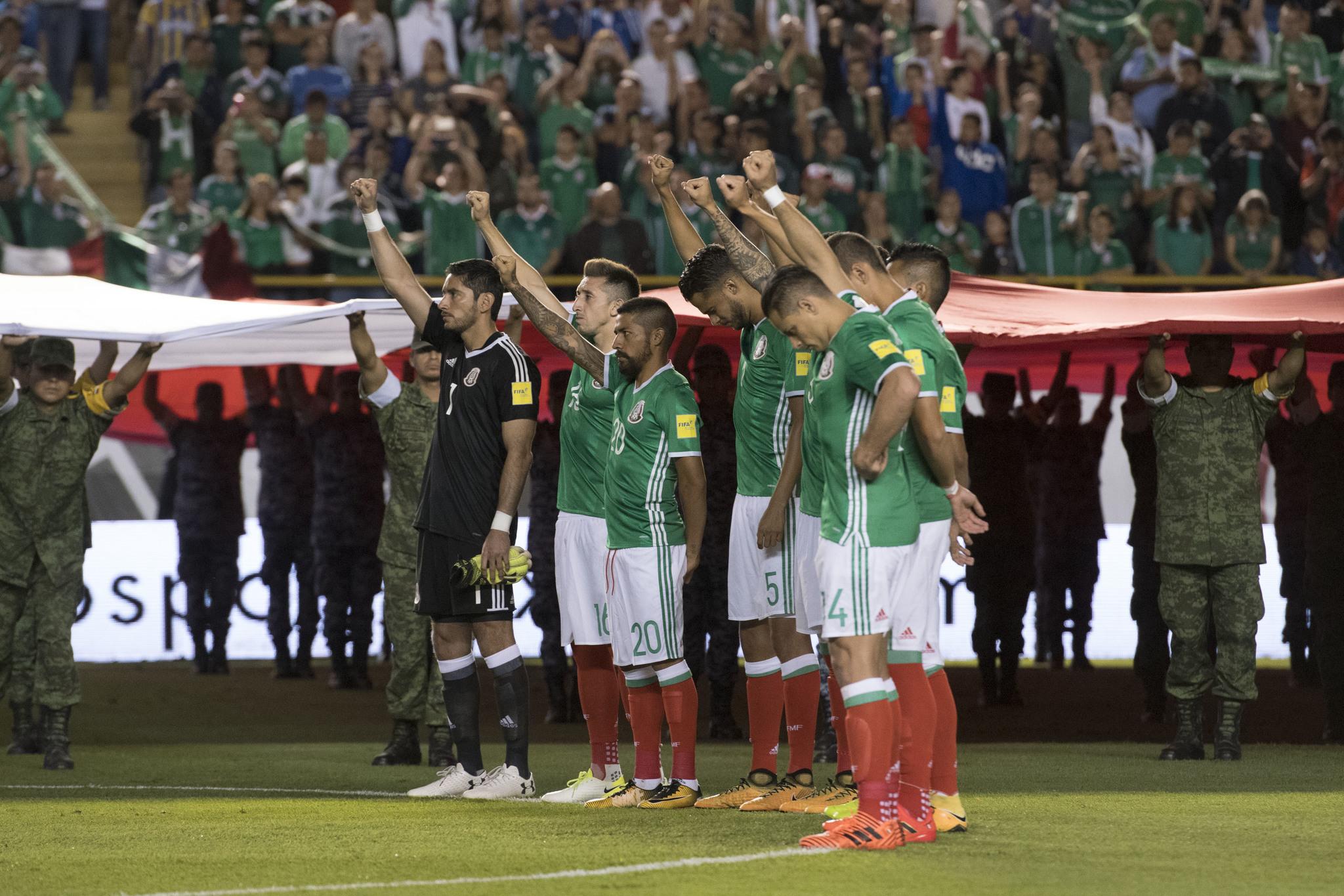 Minuto de silencio por parte del Tricolor.
