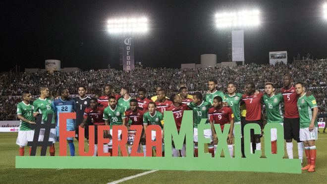 Mexicanos y trinitarios se unieron en la foto oficial, en símbolo de...