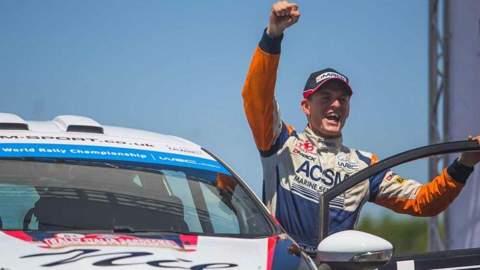 Nil Solans celebra el título de campeón