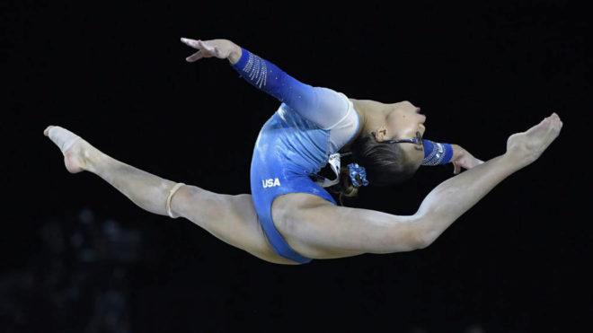 Morgan Hurd, durante su ejercicio en el concurso completo de los...