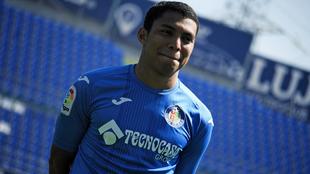 Jefferson Montero posa con la camiseta del Getafe.