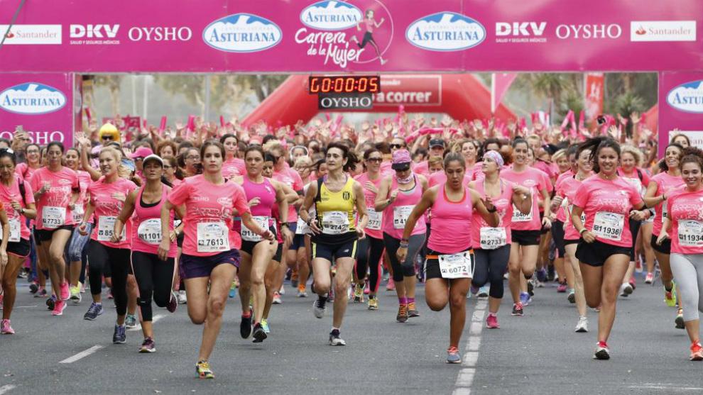 Imagen de la salida de la Carrera de la Mujer en 2016