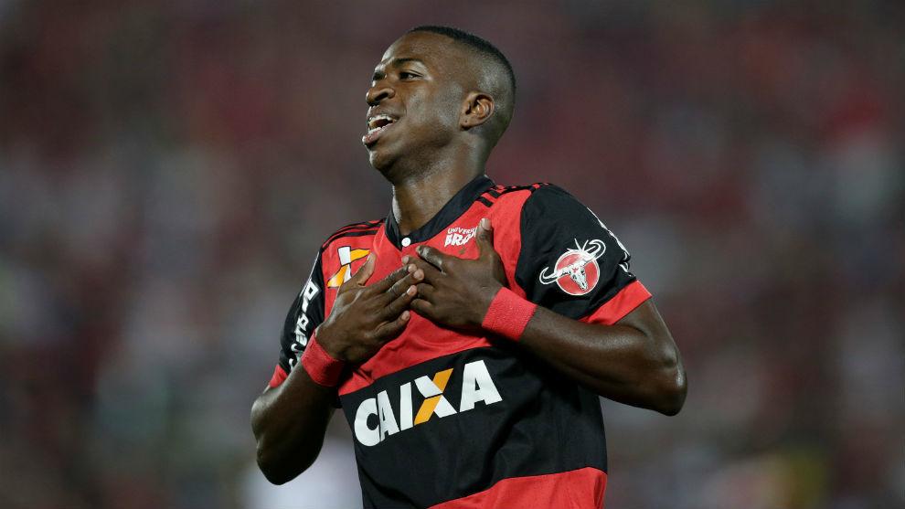 Vinicius, durante un partido con el Flamengo.