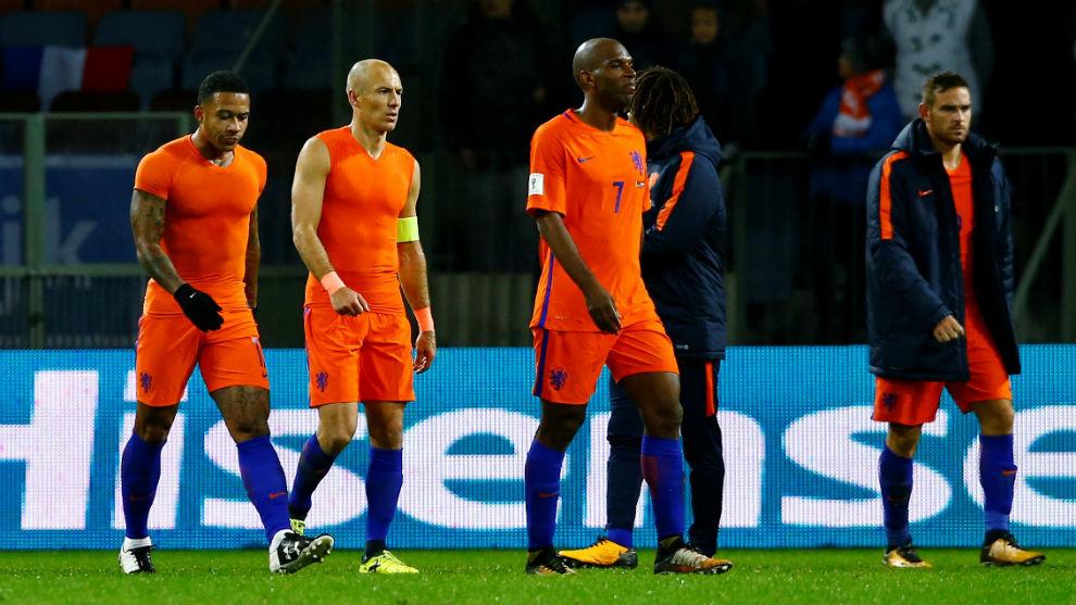 Robben, Babel, Janssen y Depay se marchan decepcionados del Borisov...