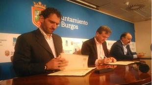 Jorge Garbajosa (presidente FEB), Javier Lacalle (alcalde de Burgos) y...