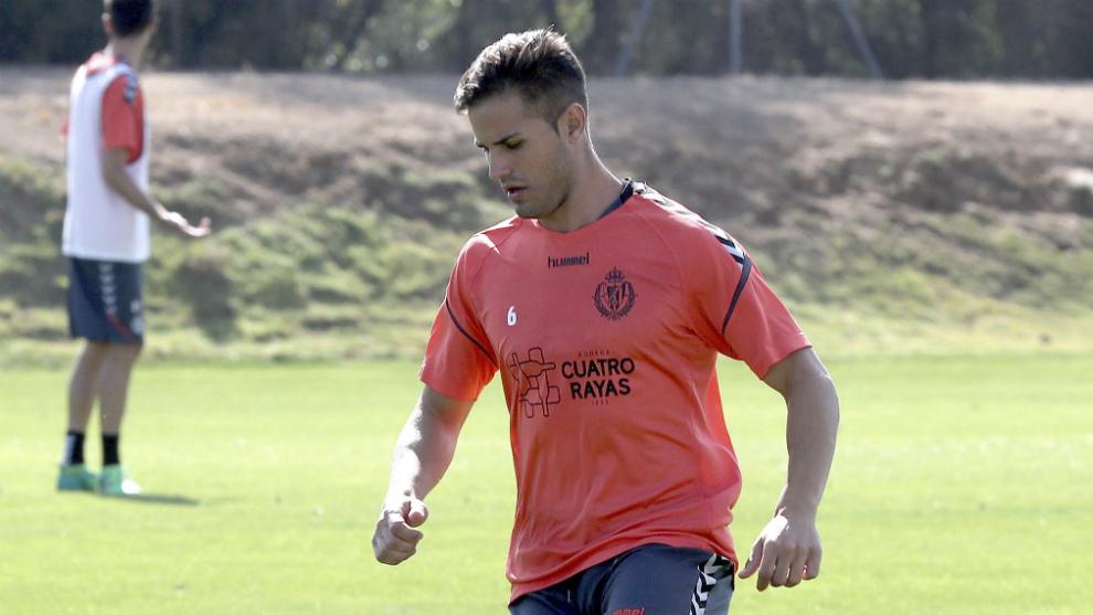 Luismi, durante un entrenamiento con el Valladolid.