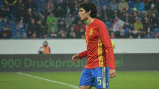 Vallejo durante un partido con la sub 21 española