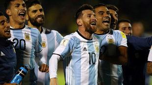 Messi y Mercado encabezan la celebración de los festejos de la...