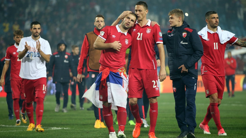Matic e Ivanovic celebran la clasificación de Serbia.