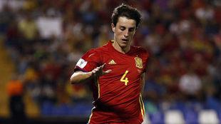 Odriozola, en el España-Albania en el que debutó con la selección...