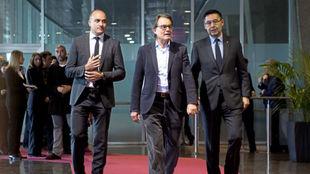 Andreu Subíes, presidente de la Fed. Catalana, con Artur Mas y Josep...