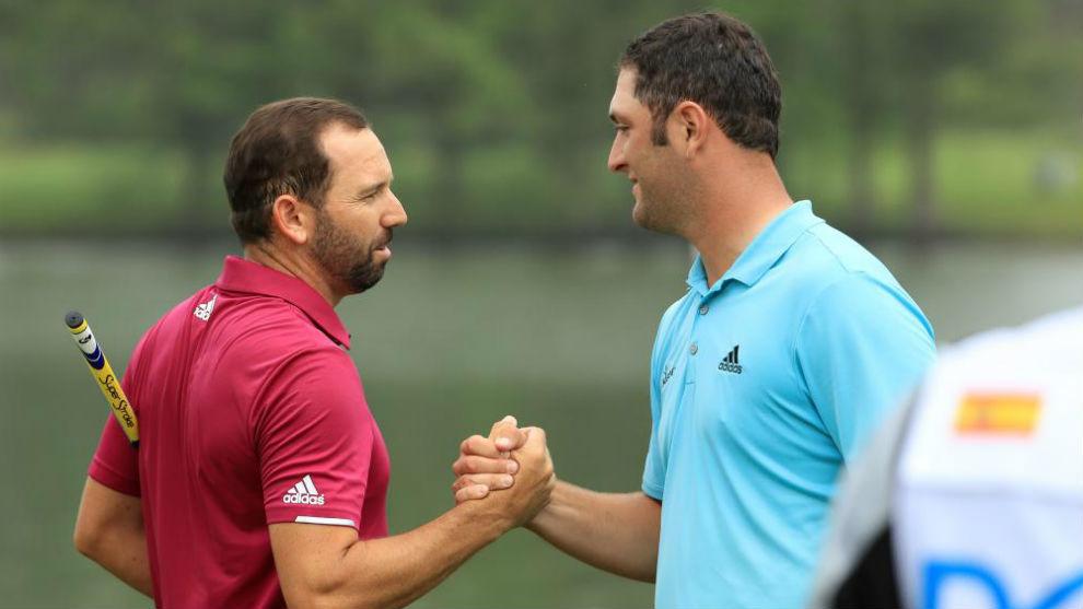 Sergio García y Jon Rahm se saludan