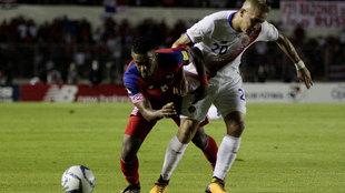 Roberto Nurse durante el partido del Hexagonal ante Costa Rica.