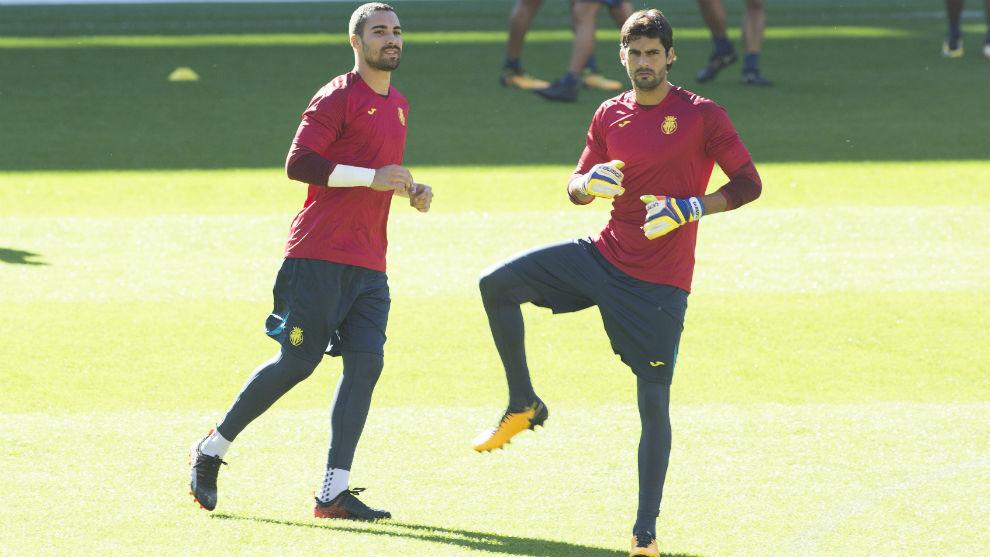 Asenjo y Barbosa durante un entrenamiento