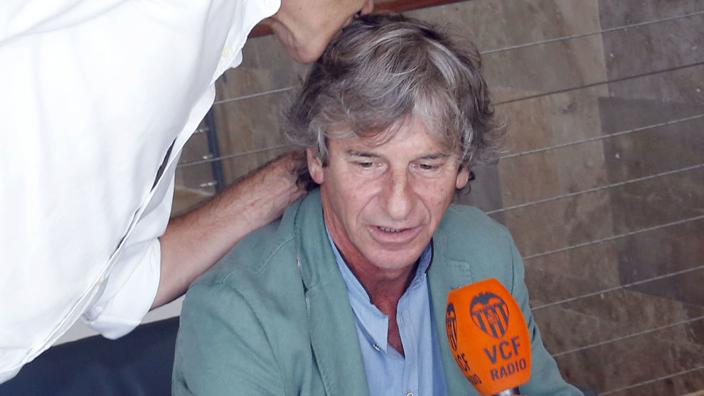 Bossi, en una trasmisión de Radio Valencia