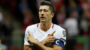 Lewandowski (29), en un partido entre las selecciones de Polonia y...