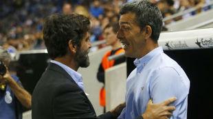 Quique Sánchez Flores saluda a López Muñiz, anoche en el RCDE...