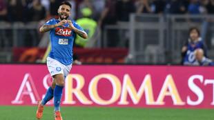 Lorenzo Insigne celebra el gol de la victoria